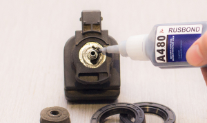 Моментальный клей для приклеивания металла к резине и склеивания магнитов RusBond A4.80